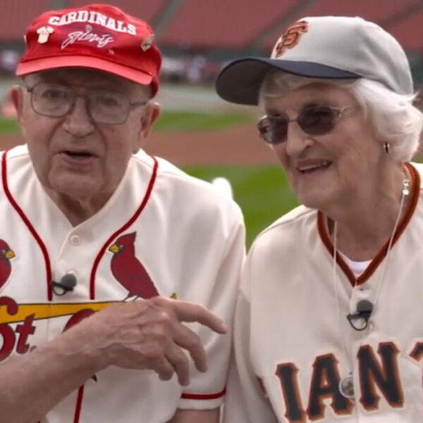 Bank of America Gives Lifelong Baseball Fan Couple a Huge Anniversary Surprise